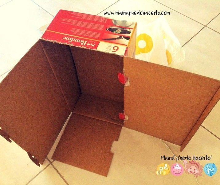 Armario de cart n para juguetes de cocina mam puedo for Cocina de carton