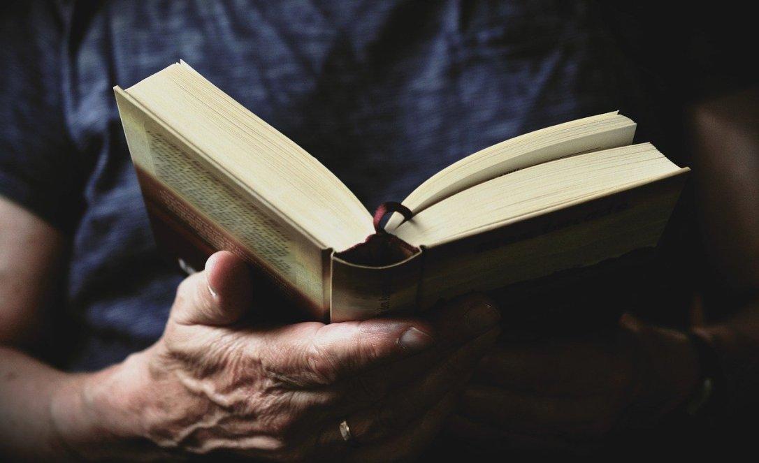 book-3531412_1280
