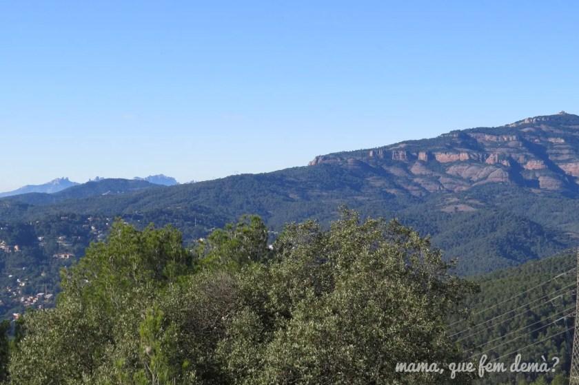 vistas de Montserrat y la Mola desde puig de la creu