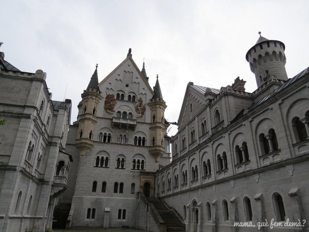 exterior del castillo del ley loco