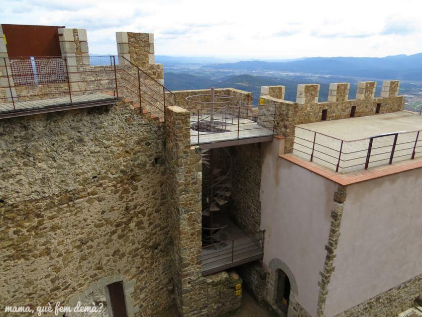 castell_montsoriu07
