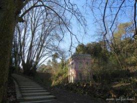 Casa del Guarda del pantano al lado del Pantà de Vallvidrera.