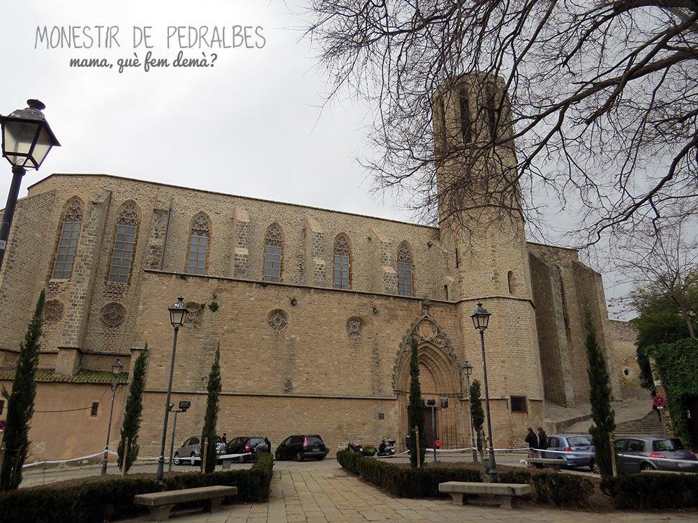 Exterior del Real Monestir de Santa Maria de Pedralbes de Barcelona