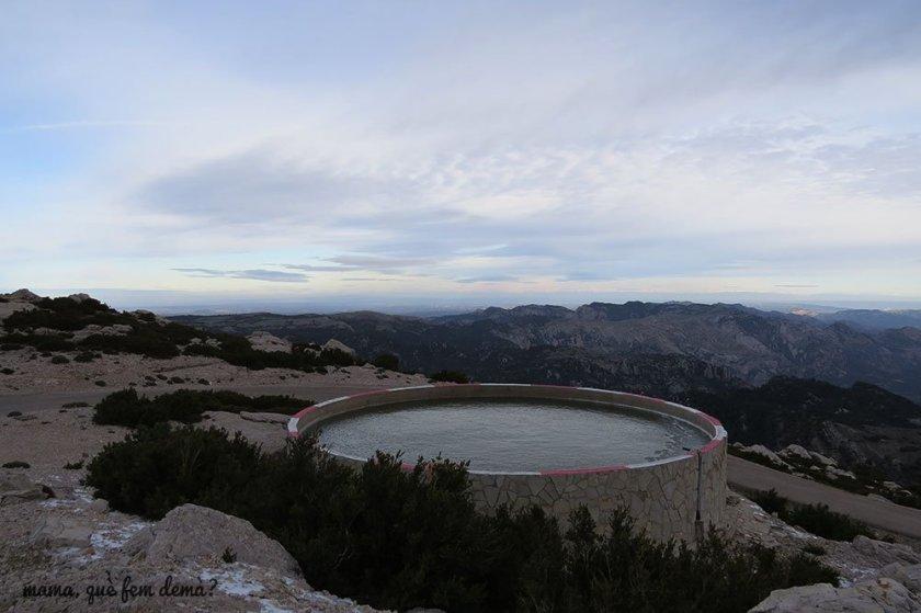 depósito de aguas en el Mont-Caro