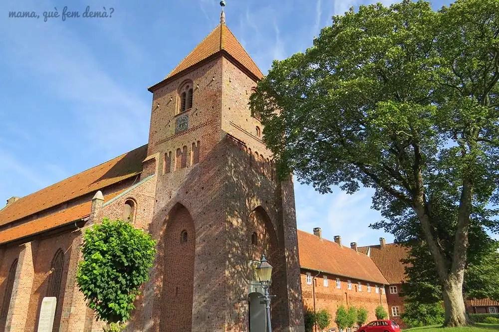 exterior del monasterio de ribe