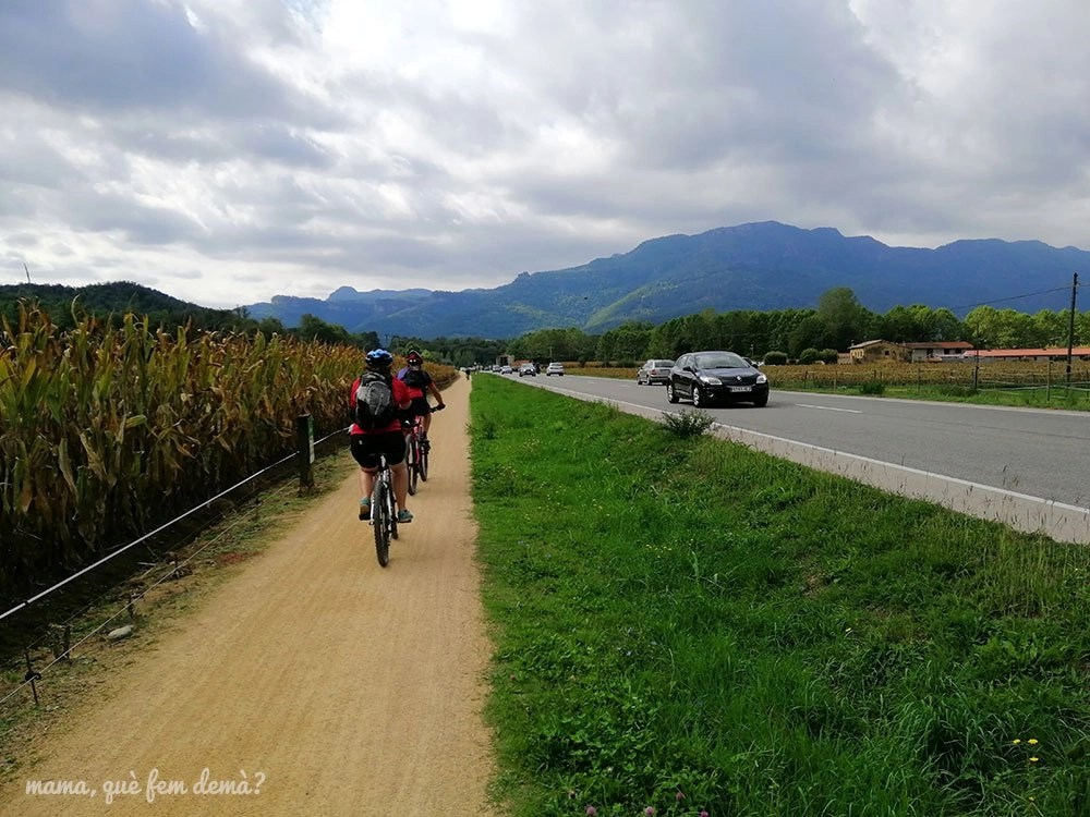 tramo de la ruta del Carrilet entre Les Preses y Sant Esteve d'en bas