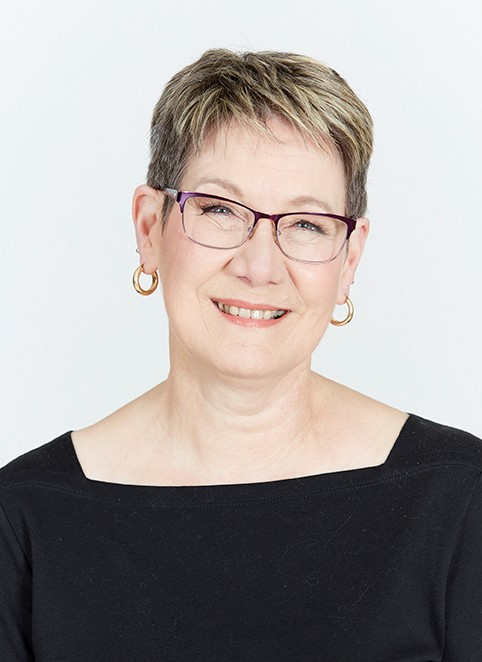Christine Ivers