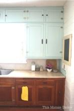 painted farmhouse kitchen2