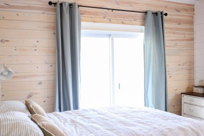 White Washed Horizontal Planked Pine Wall-3