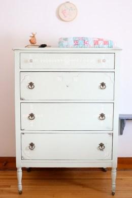 mint dresser, vintage quilt | This Mamas Dance-2