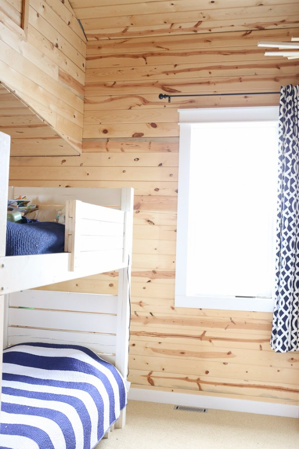 DIY Bunk beds, White Walls |This Mamas Dance-4