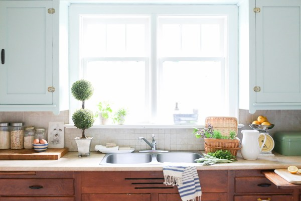 Stainless Steel Sink | Mamas Dance