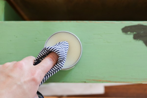 How to Use Antiquing Wax to Age Painted Pieces | This Mamas Dance-4