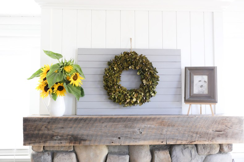 farmhouse-simple-fall-mantel-this-mamas-dance-1