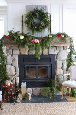 classic-christmas-mantle-this-mamas-dance-11
