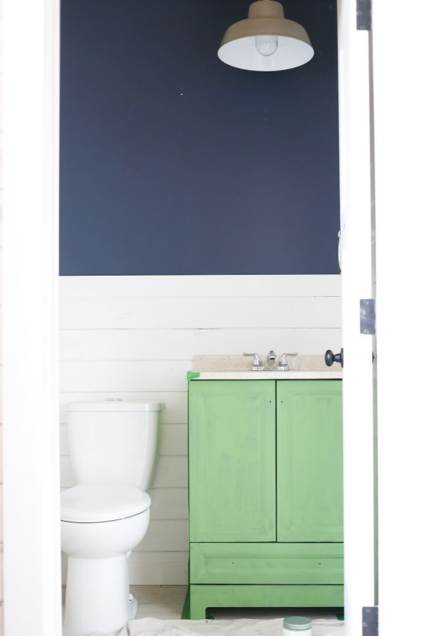 Seeing Green: Painted Bathroom Vanity - This Mamas Dance