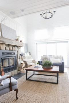 DIY Reclaimed Wood Coffee Table -13