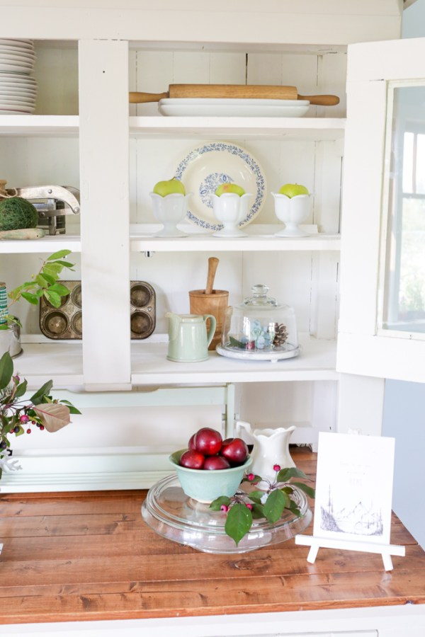 Fall Farmhouse Hutch with Plum and shades of Green | via Ashlea of This Mamas Dance