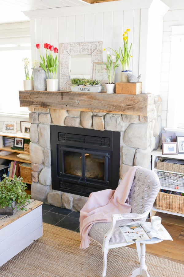 Spring home tour via ashlea of this mamas dance
