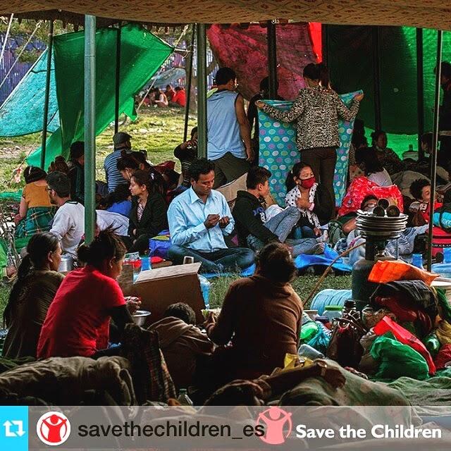 mamás full time dona terremoto Nepal