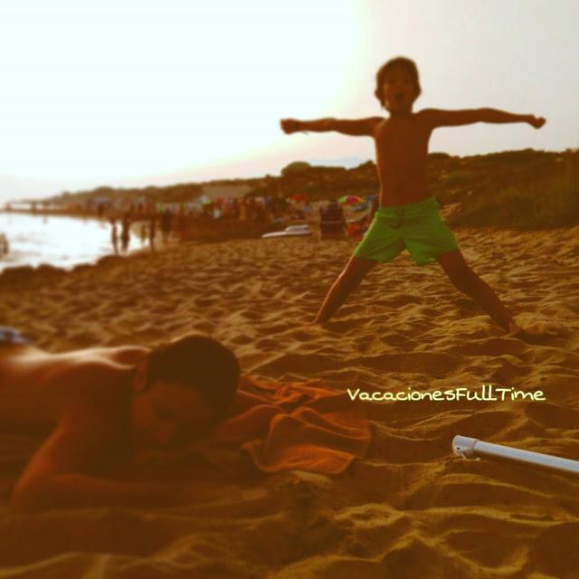playa vacaciones familia disfrutar