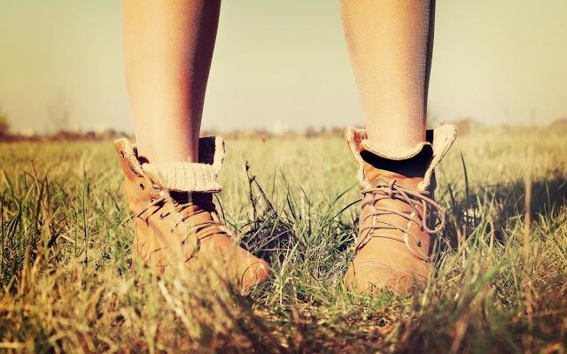 caminar en primavera el senderismo
