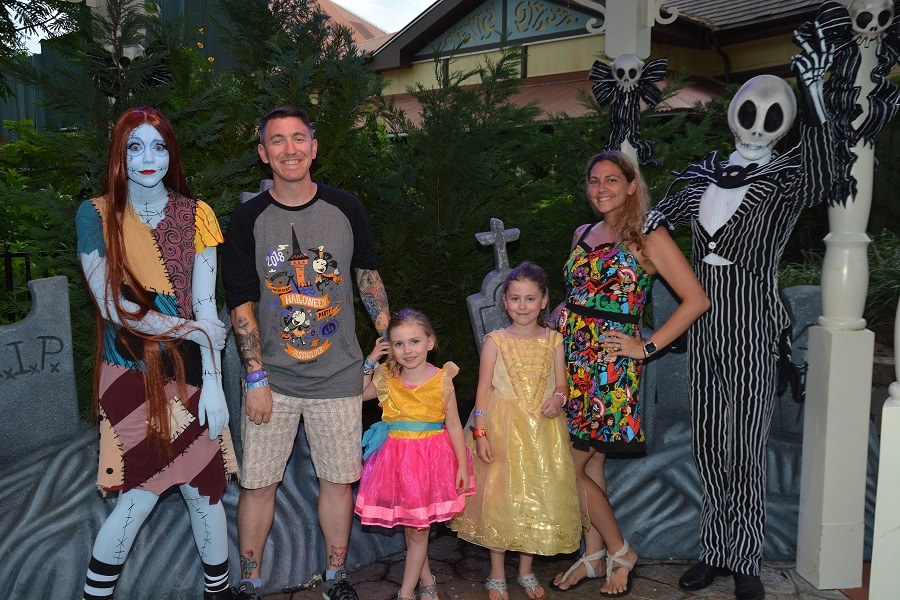 On june 18, 2020, disney announced. Mickey S Not So Scary Halloween Party 2019 Character Meet Greets