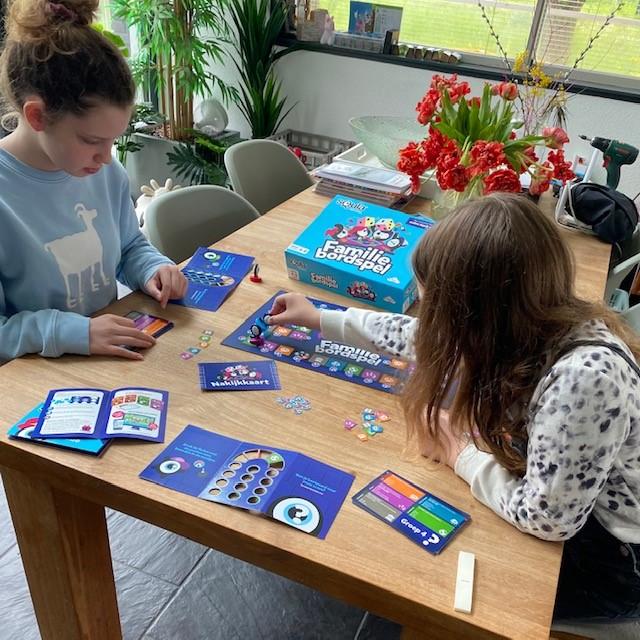Squla Familiebordspel spelletjes