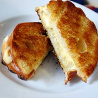 Grilled cheese for every craving + the soup to dunk it in!