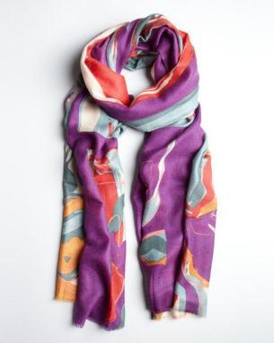 Bufanda Mir de Cashmere original 245 dólares - en sale por 86 en Bluefly.com