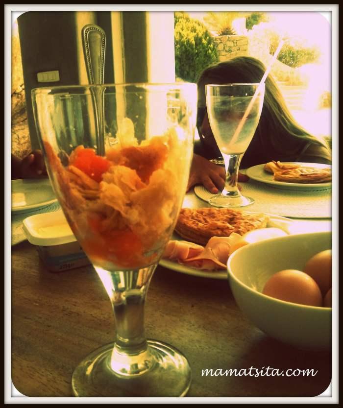 μελάτο με τυρόπιτα
