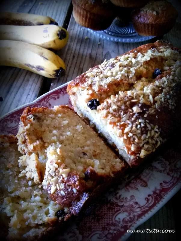 κέικ μπανάνα με μούσλι