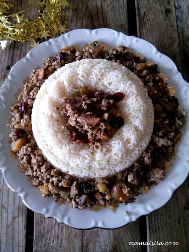 Χριστουγεννιάτικη γέμιση με ρύζι
