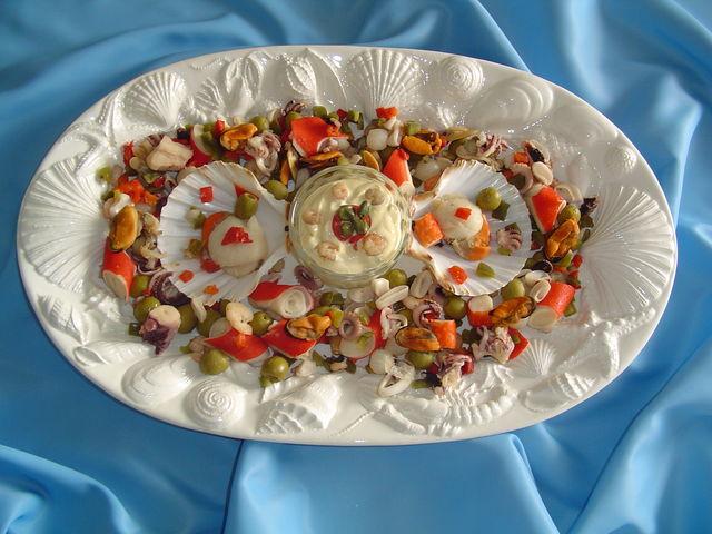 salata-thalassinon