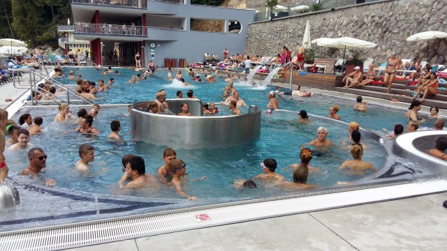 hlavný bazén 2