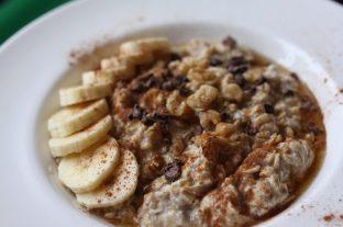 banana, cacao nibs, walnuts, maple syrup & cinnamon