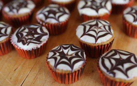 halloween pumpkin muffin bites
