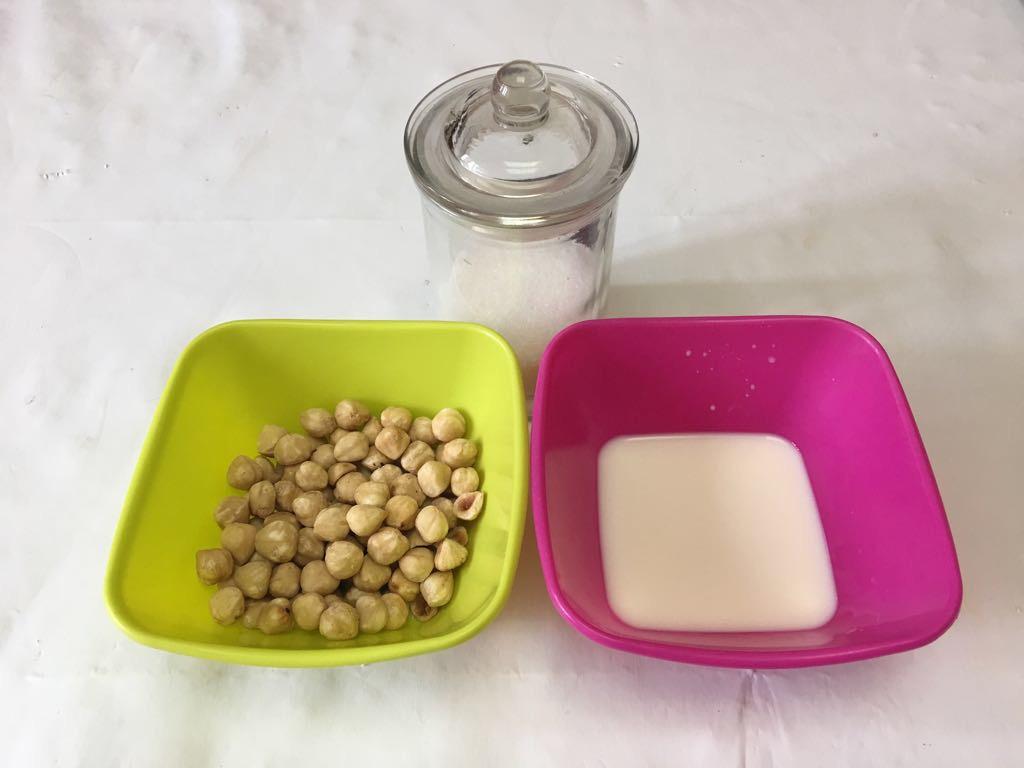 como hacer en casa crema de avellanas para niños