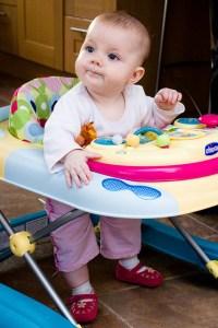 ¿Por qué mi bebé no usará andadera? ¡Son peligrosas!