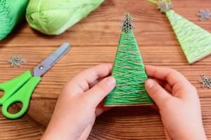 Manualidades de arbolito de navidad para niños