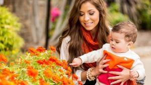 ¿Cuánto debe ganar una mamá?