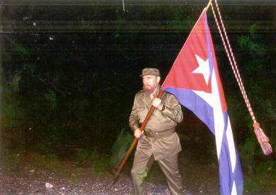 Fidel con Bandera copia