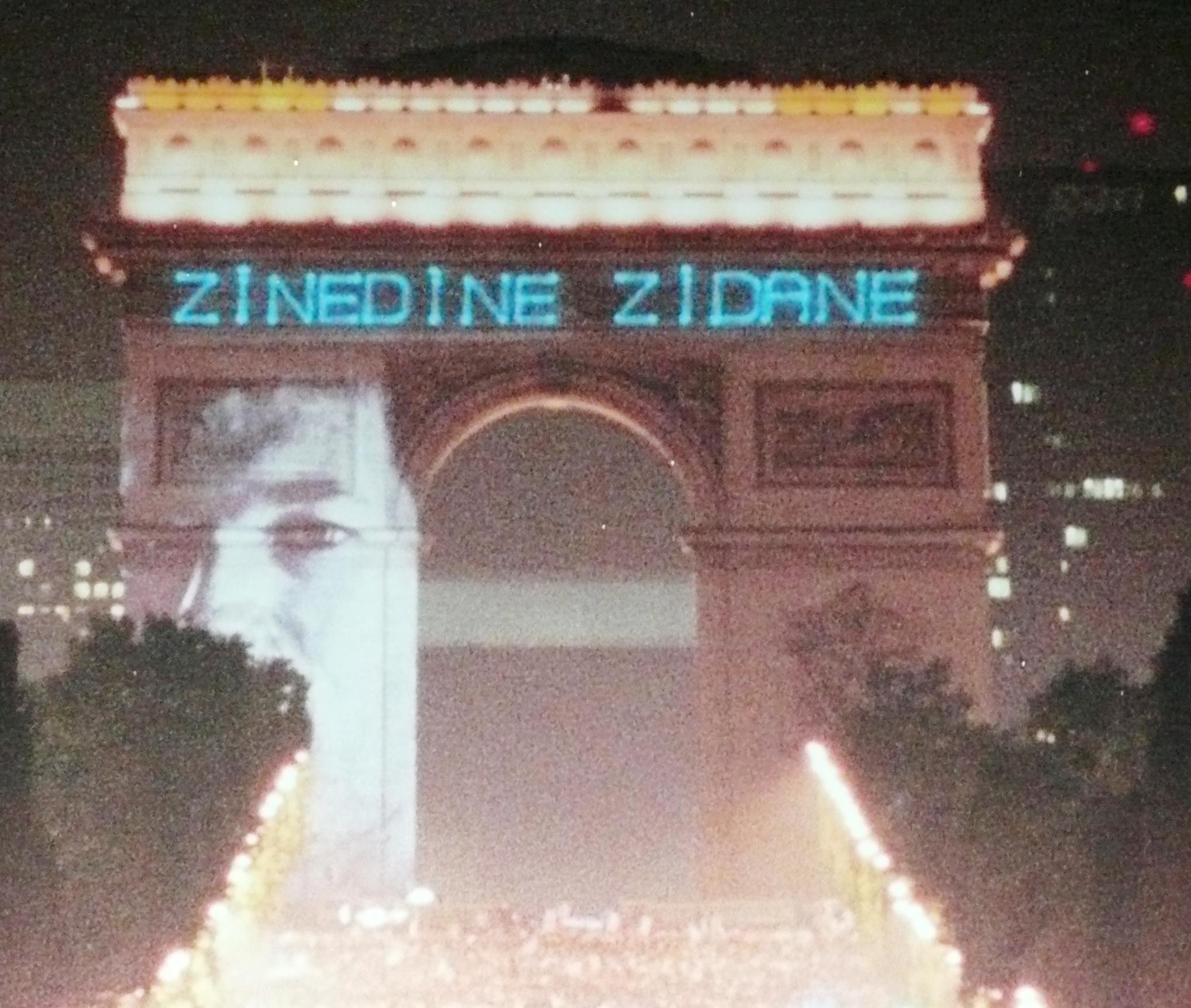 show em paris - 4 - photo by Mamcasz