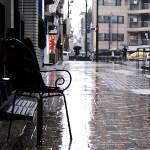 梅雨の町並み