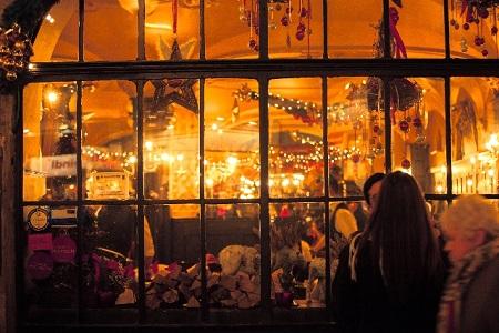 クリスマスのデートプランは恋人と二人で決めるべき理由