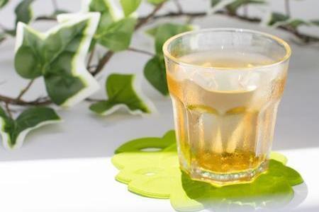 麦茶は飲み過ぎると貧血や下痢になるって本当?