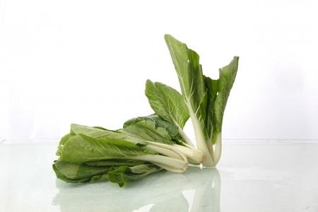 小松菜って栄養価が高い?食べ過ぎたら体に害はあるの?