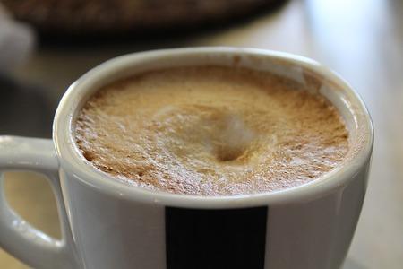 コーヒー牛乳とカフェオレって何が違うの?