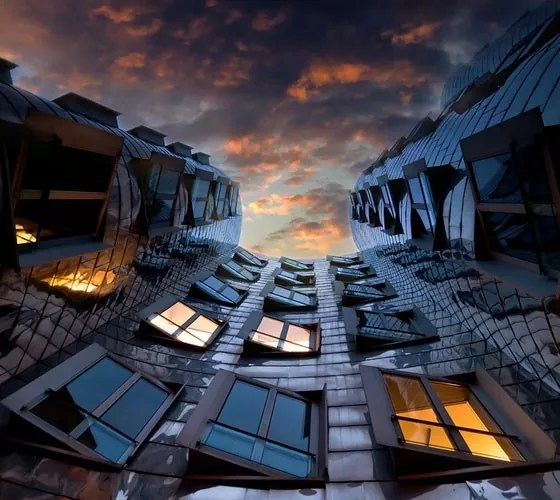 Perspective - 20+ Really Awesome City – Life Photography