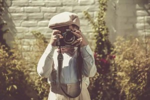 photographer e1543997366441 - 4 Tips to finding local photographers for your wedding